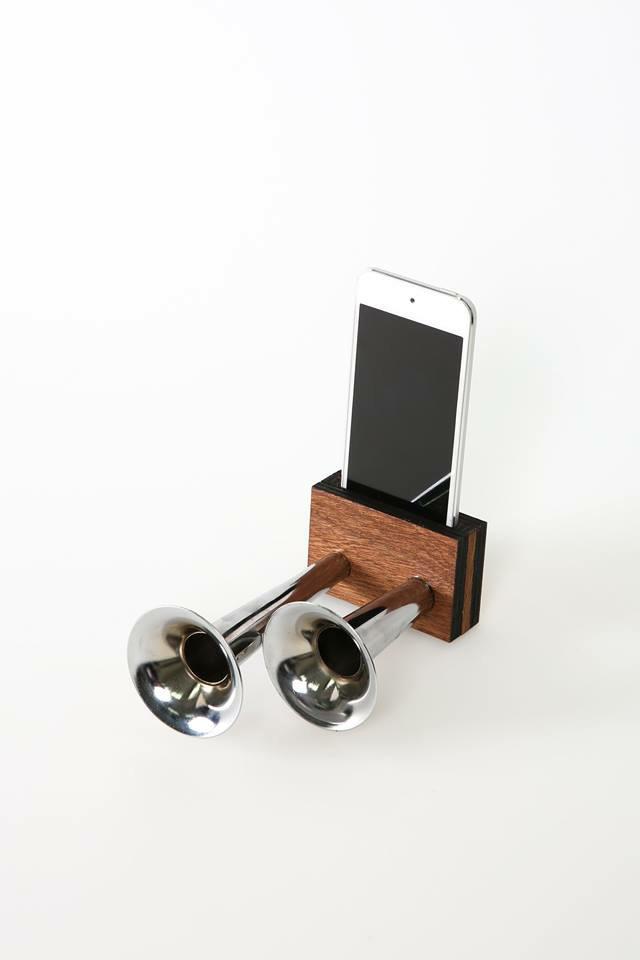 Double Speaker