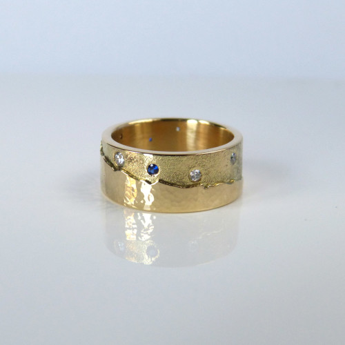 Dundee landscape ring 18ct gold, diamonds and sapphires