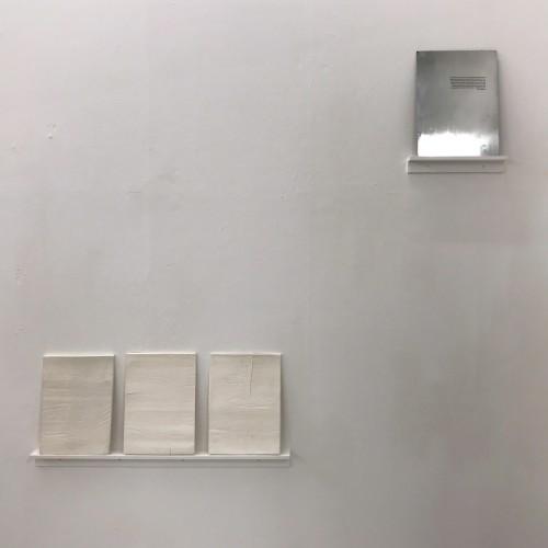 Metal/Porcelain (29x40cm)