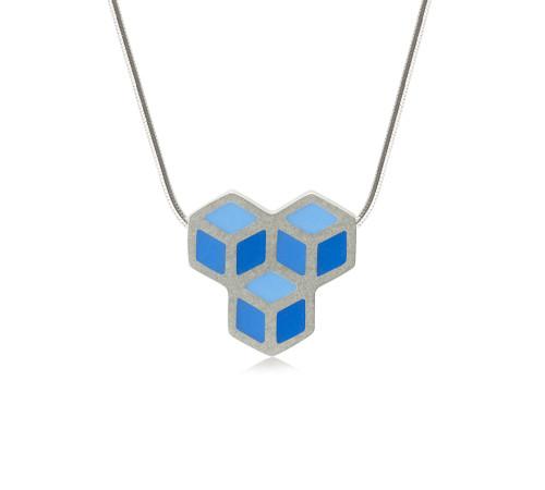 Cube trois pendant 1