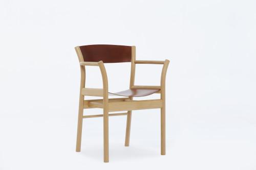 Oxbow armchair in European oak with Swedish oak bark tanned leather slings
