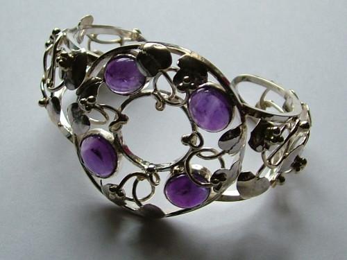 Amethyst solid silver leaf design cuff bracelet