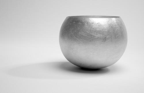 Dutch raised bowl