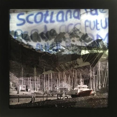 Scotland & Navarino island-Light box ON