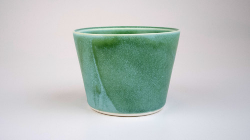 Wedge cup with satin matt glaze