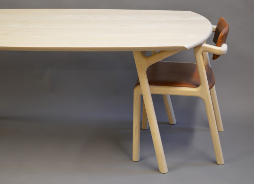 Kelvin chair and vega table